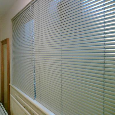 Các lợi ích khi trang hoàng phòng ngủ bằng rèm cửa