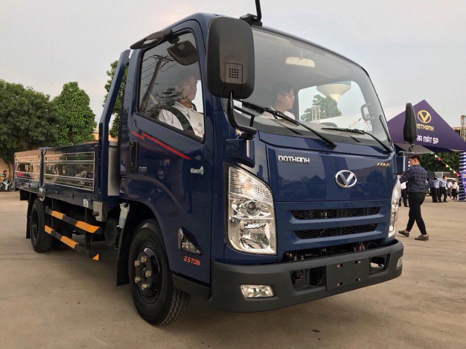Xe ô tô tải  hyundai iz65 đô thành  trọng lượng 2t5