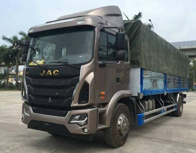 xe tải jac 9 tấn 3 thùng dài 7m7 giá rẻ trả góp .