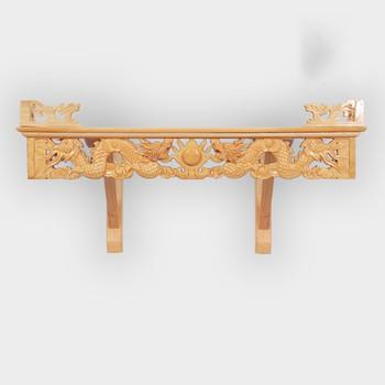 Những mẫu bàn thờ treo tường thông minh mang phong cách hiện đại