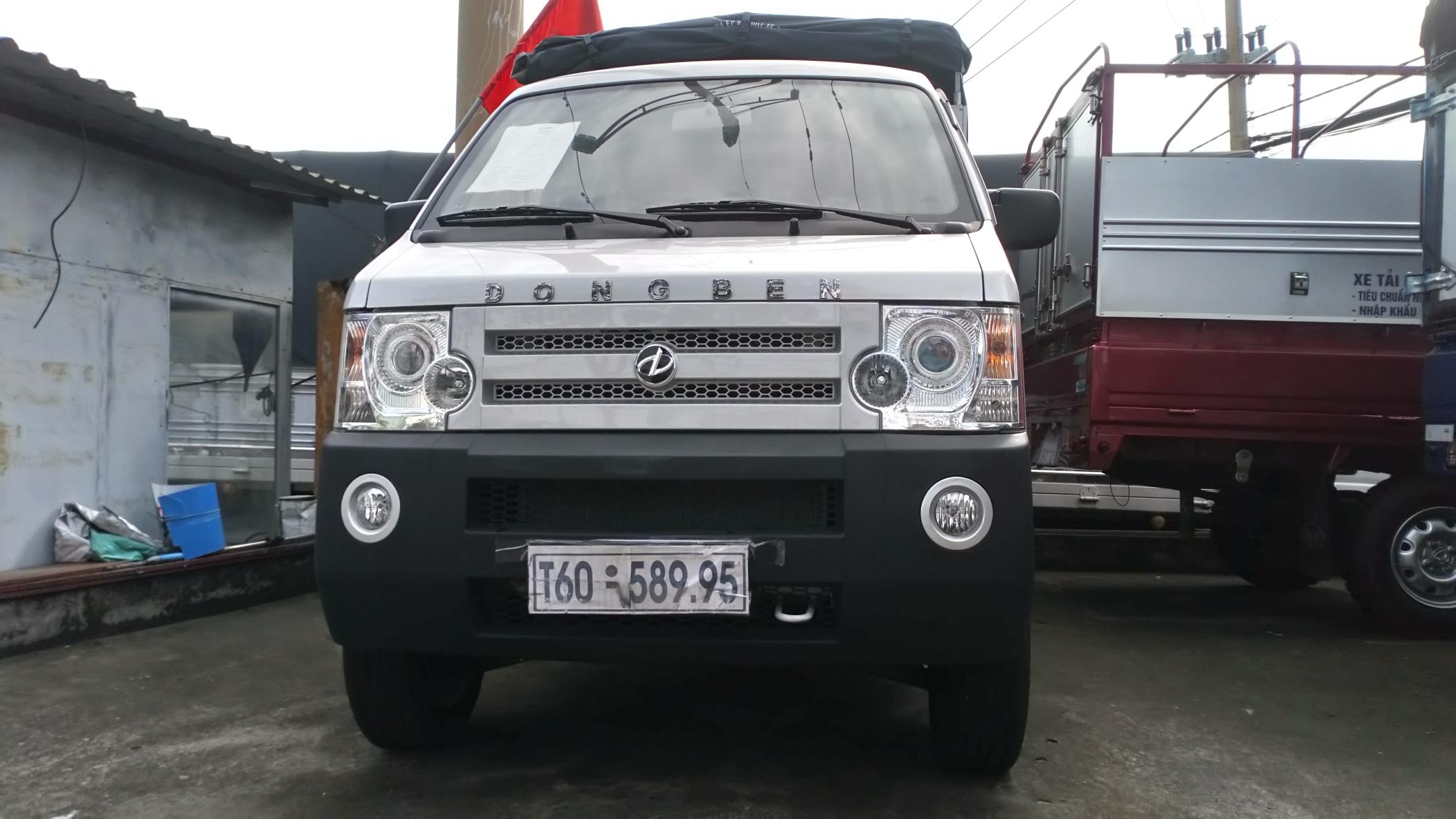 Xe Dongben 810kg, Trả góp giá giảm sâu