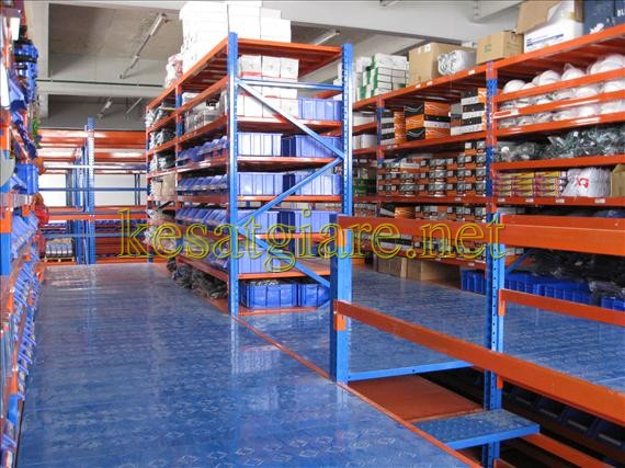 Sản phẩm kệ để hàng trong kho công nghiệp