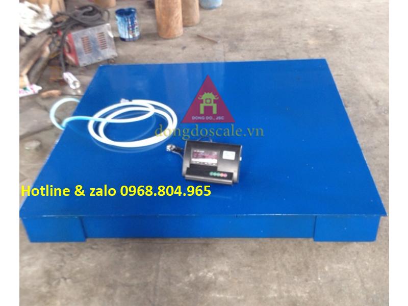 Cân sàn điện tử Salmon 5 tấn 1.5x1.5m bước nhảy chỉ 1kg sản xuất theo công nghệ Mettler Toledo Mỹ - Thụy Sỹ