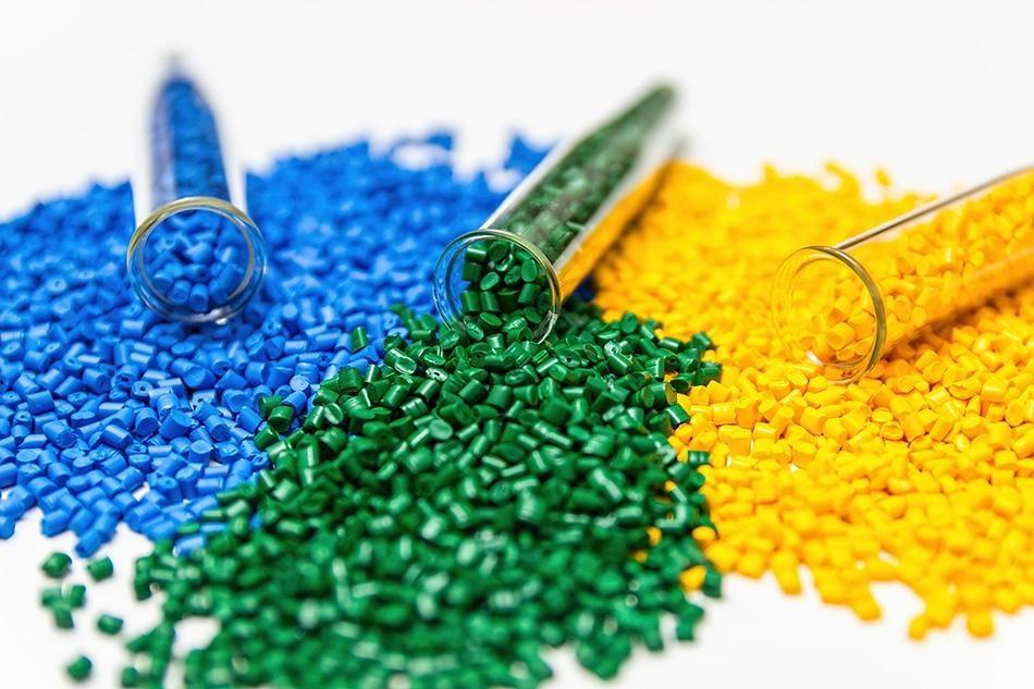 Các loại nhựa tái sinh và nguyên sinh an toàn giá rẻ hiện nay