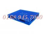 Pallet nhựa kê hàng giá siêu rẻ call 0168.945.7060