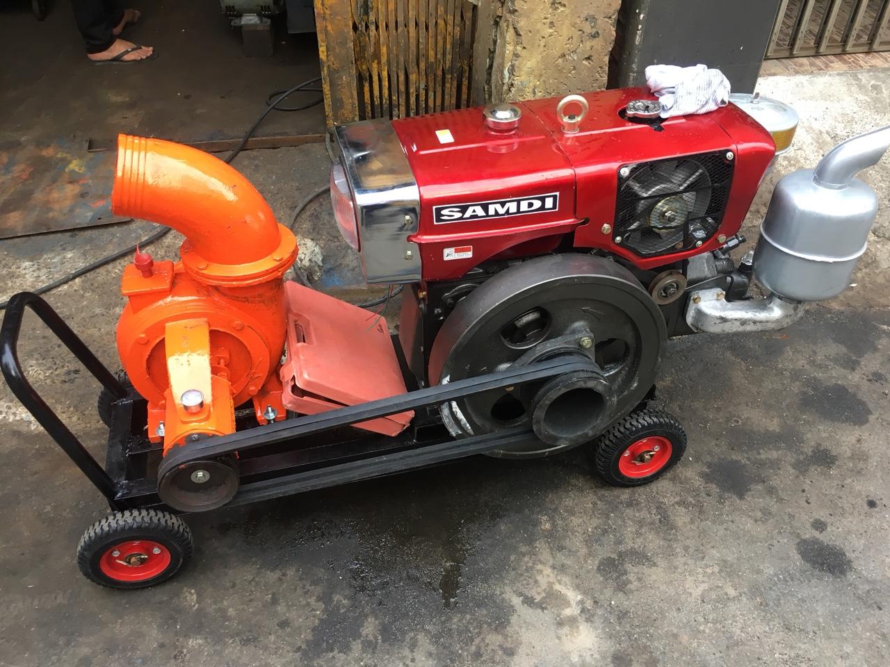 máy bơm nước D24