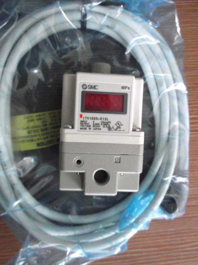 Bộ điều chỉnh điện tử khí nén SMC ITV2000