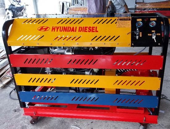 Máy bơm chữa cháy Diesel Huyndai 20HP