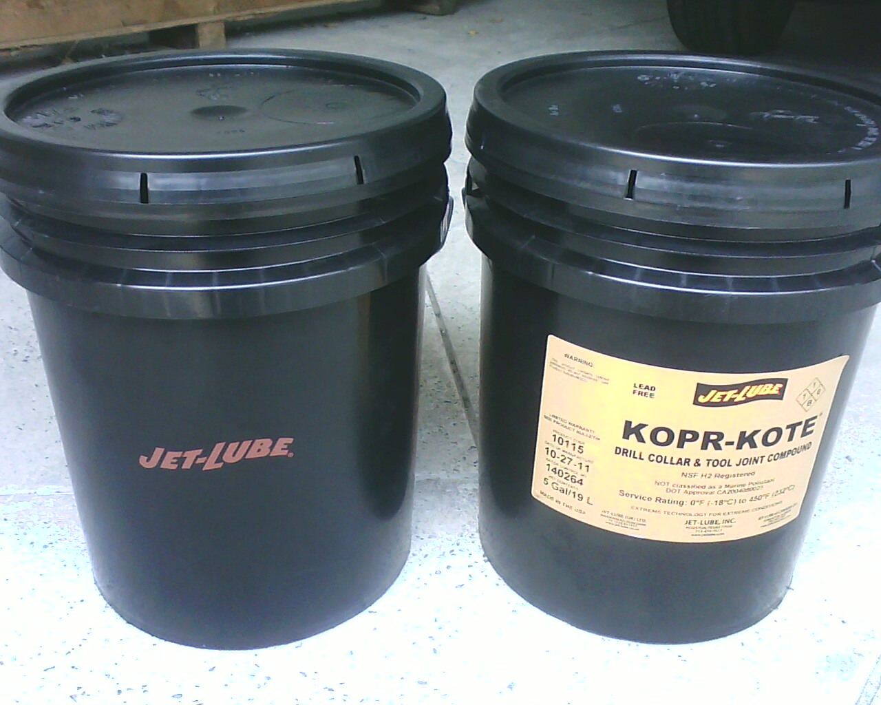 Mỡ đồng KOPR-KOTE Drill Collar & Tool Joint Compound, 5 Gal/19 L. Maker: JET-LUBE
