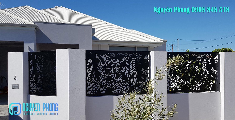 20+ Mẫu hàng rào sắt cắt CNC, sắt uốn mỹ thuật đẹp nhất cho biệt thự, villa, resort