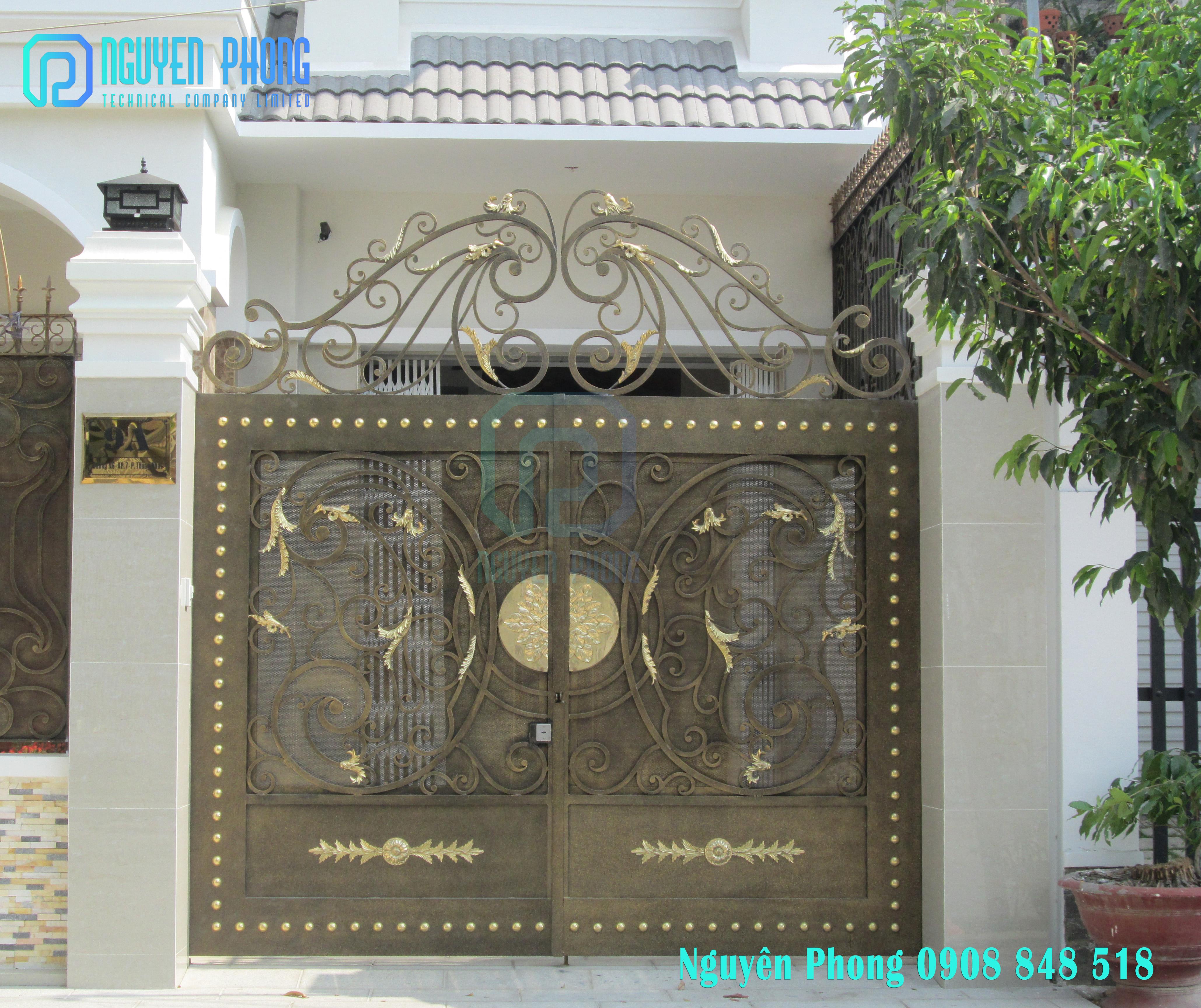 Chuyên thiết kế, gia công, cổng sắt uốn mỹ thuật cho villa, biệt thự cao cấp 2019