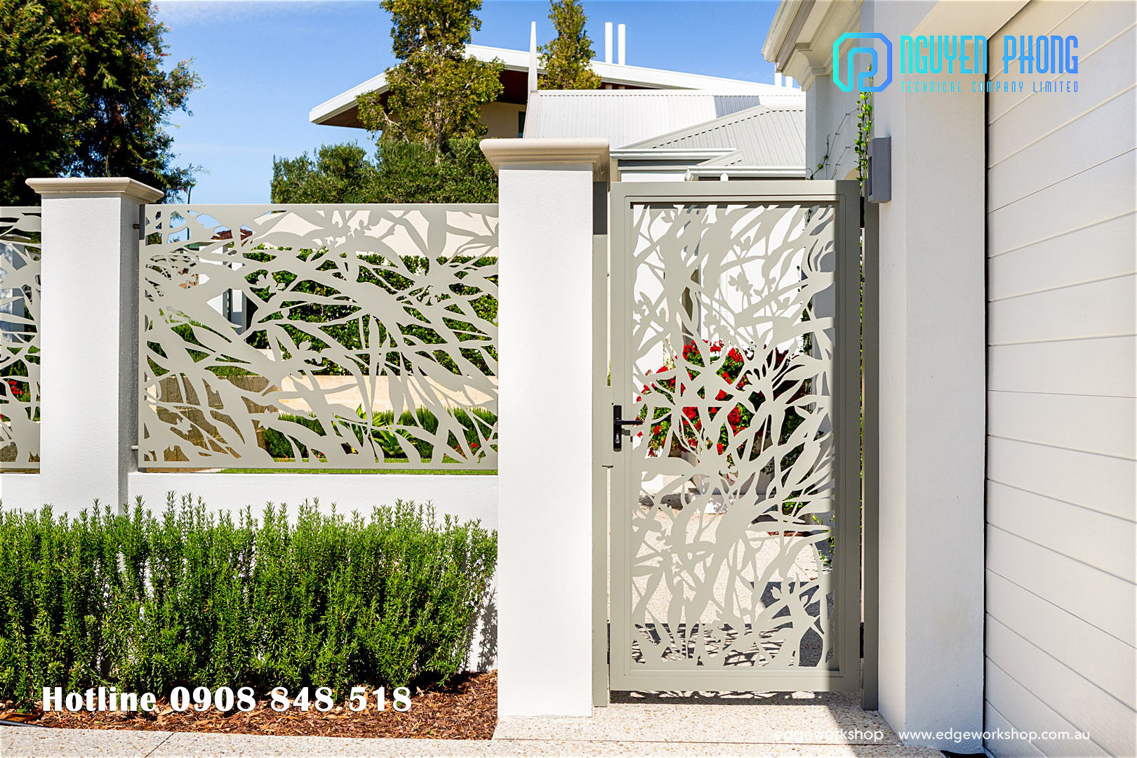 Hàng rào sắt hoa văn tinh tế cắt CNC, hàng rào sắt uốn cổ điển cho nhà đẹp 2020
