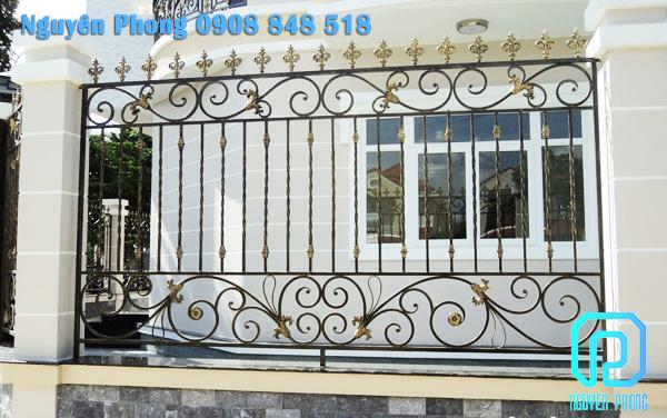 Thiết kế, gia công, thi công hàng rào sắt uốn nghệ thuật cho biệt thự, villa cao cấp