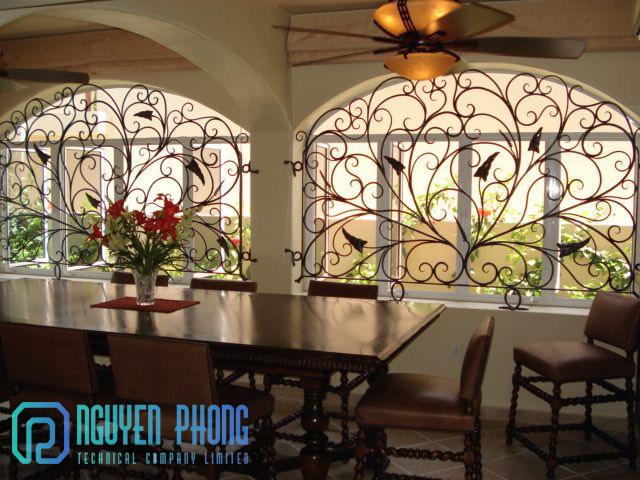 Thiết kế, gia công, thi công khung bảo vệ cửa sổ sắt uốn mỹ thuật uy tín, giá tốt nhất