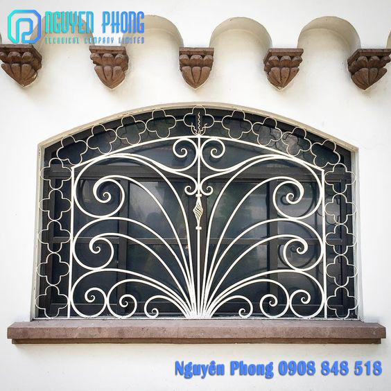 Thiết kế, gia công, thi công khung cửa sổ sắt uốn đẹp, giá tốt nhất HCM, Bình Phước, Bình Dương