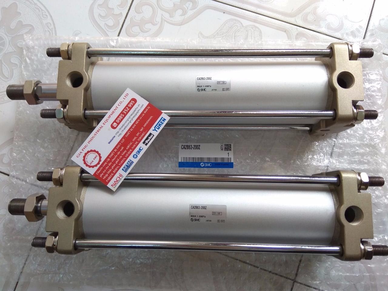 Xi Lanh (SMC) - CA2B63-200Z