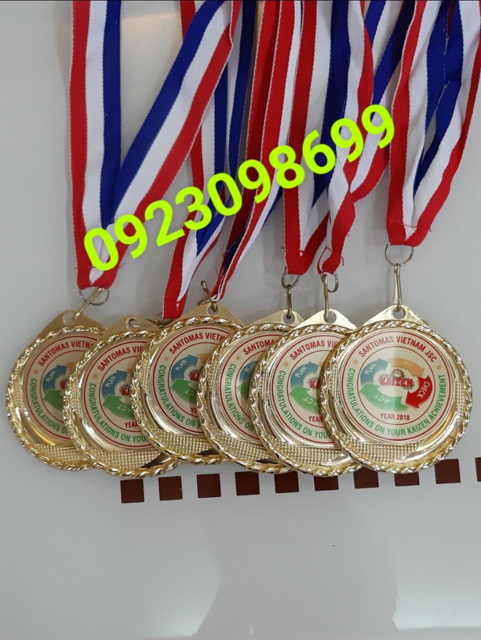 nhận làm huy chương. huy chươngmạ vàng. huy chương ăn mòn. đúc nổi huy chương