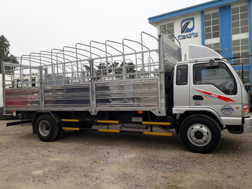 bán xe tải 8 tấn nhãn hiệu jac cao cấp .