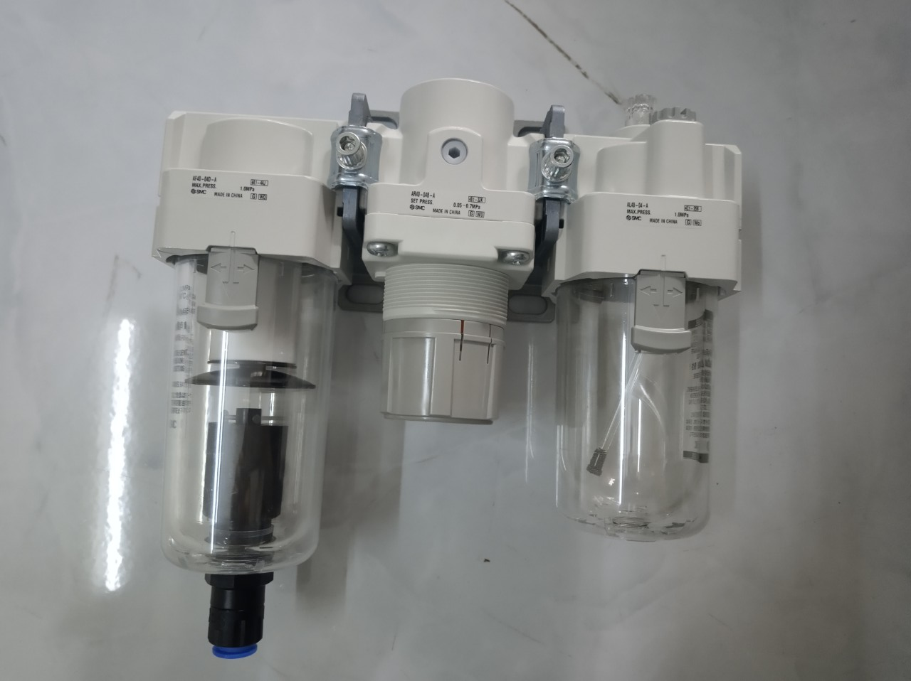 Bộ lọc khí SMC AC40-04DG-A