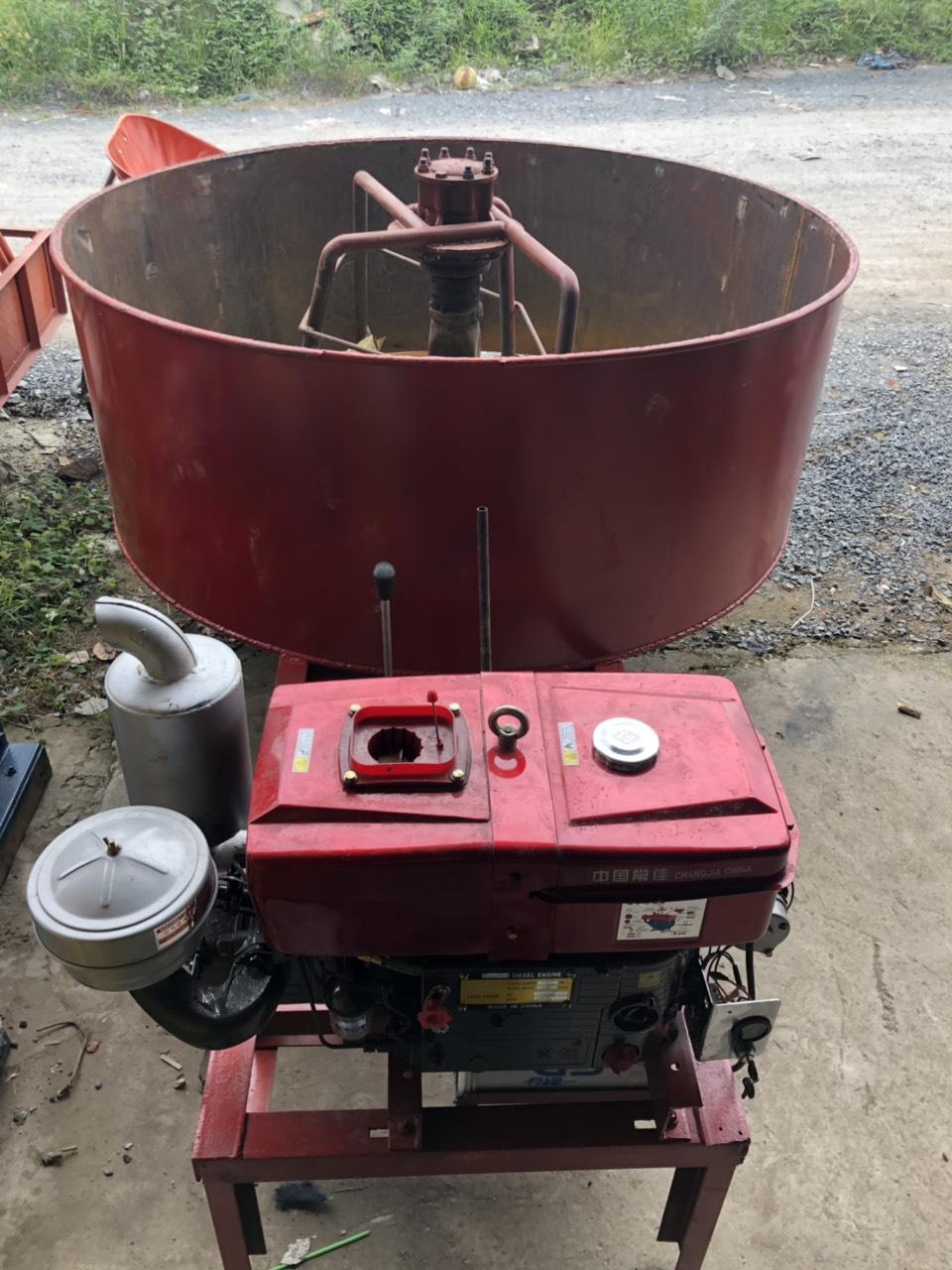 máy trộn cưỡng bức 9 bao xi măng