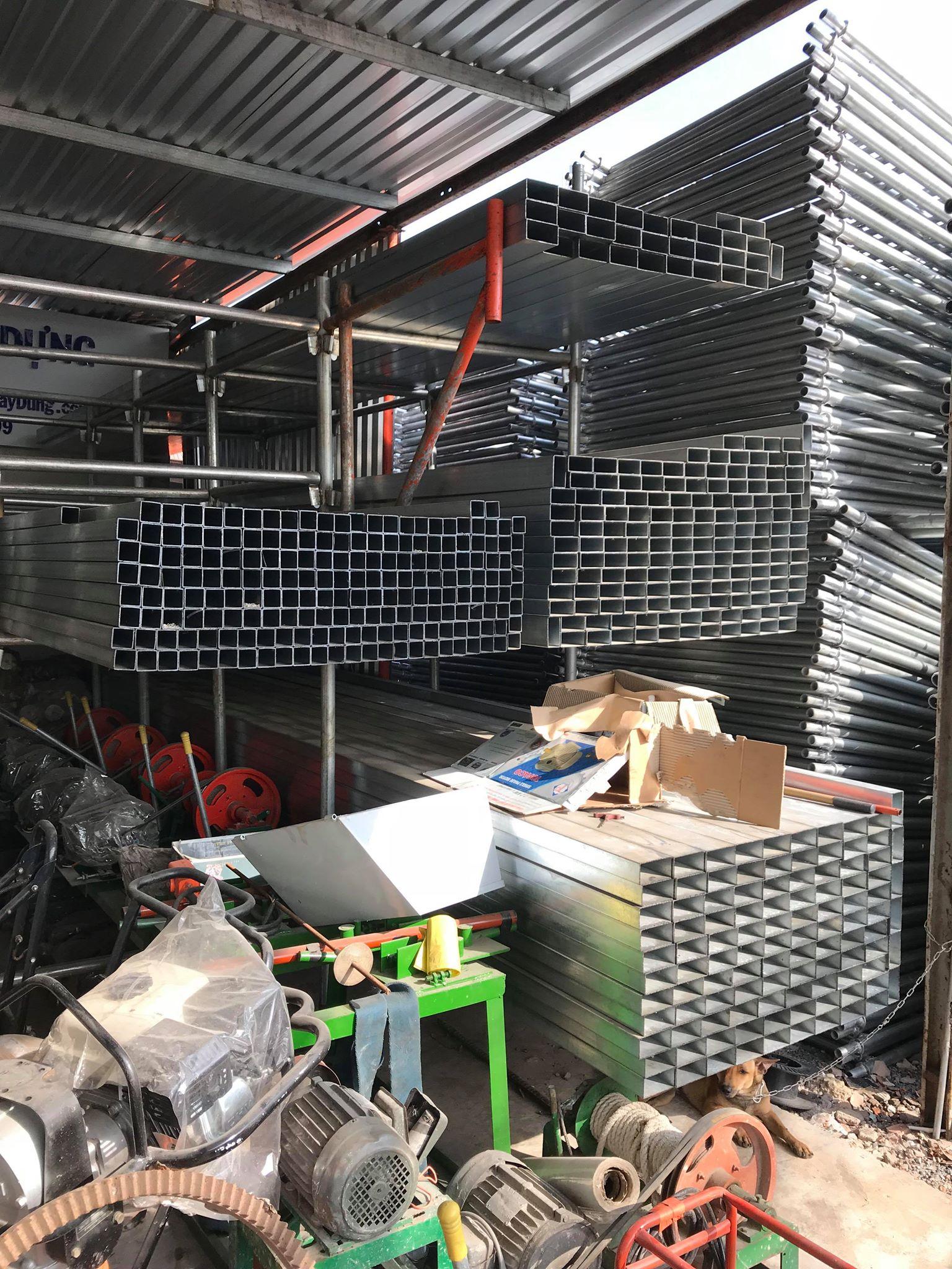 Máy trộn bê tông và giàn giáo các loại giá rẻ có bảo hành