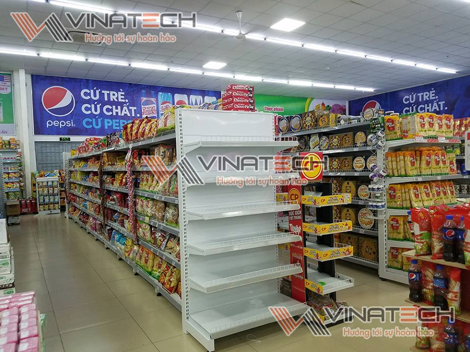 Kệ siêu thị Vinmart do Vinatech sản xuất