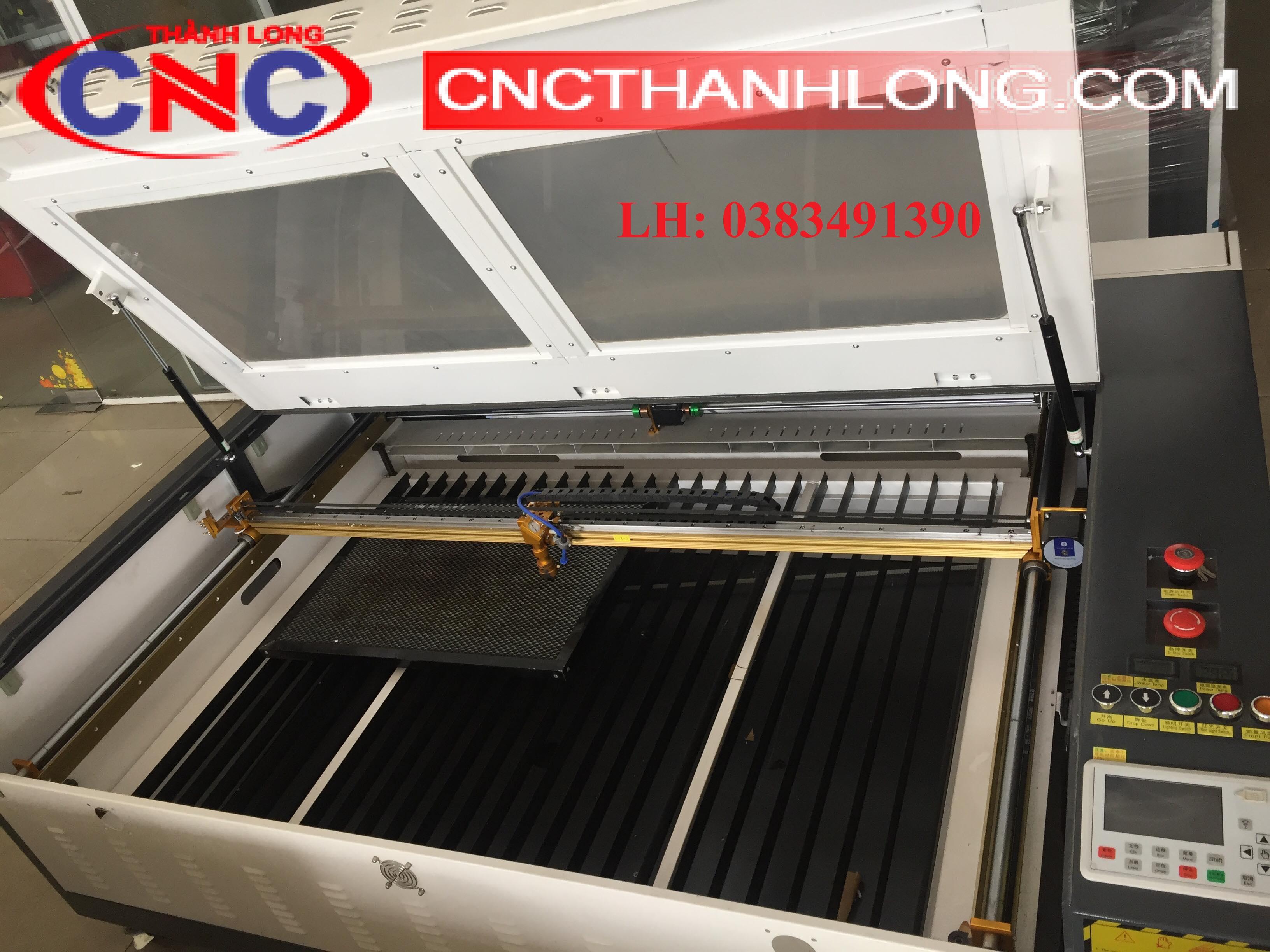 máy laser 1390-có bảng điều khiển