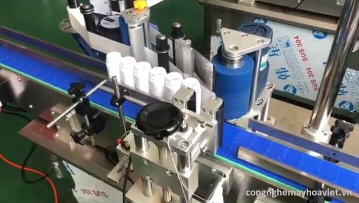 Máy dán nhãn tự động Hoa Việt