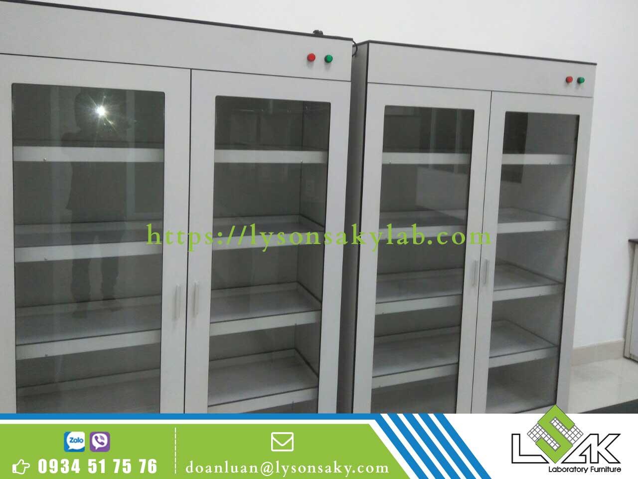 Tủ đựng hóa chất phòng thí nghiệm LSK