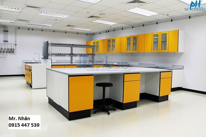 Chuyên thiết kế thi công bàn ghế nội thất phòng thí nghiệm hàng đầu Việt Nam