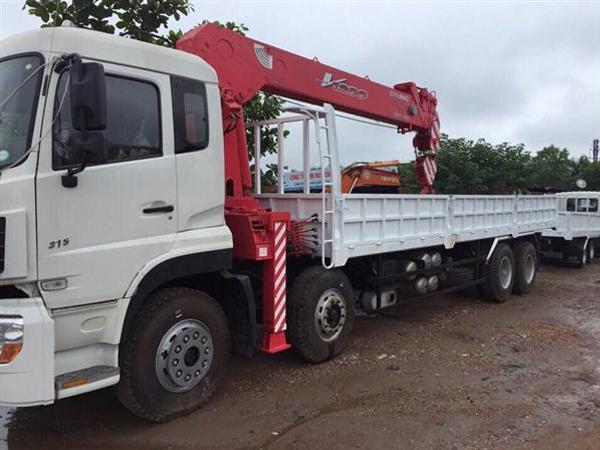 Báo giá xe tải Dongfeng 4 chân gắn cẩu Unic 12 tấn